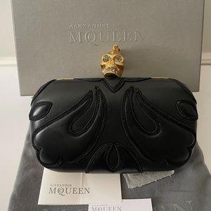 Alexander Mcqueen Britannia Skull Box Clutch Black